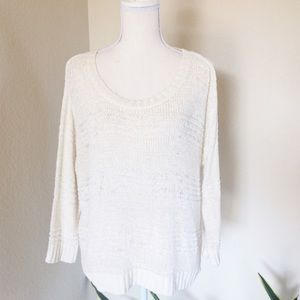 H&M CREAM COLORED LOOSE FIT SWEATER Sz S